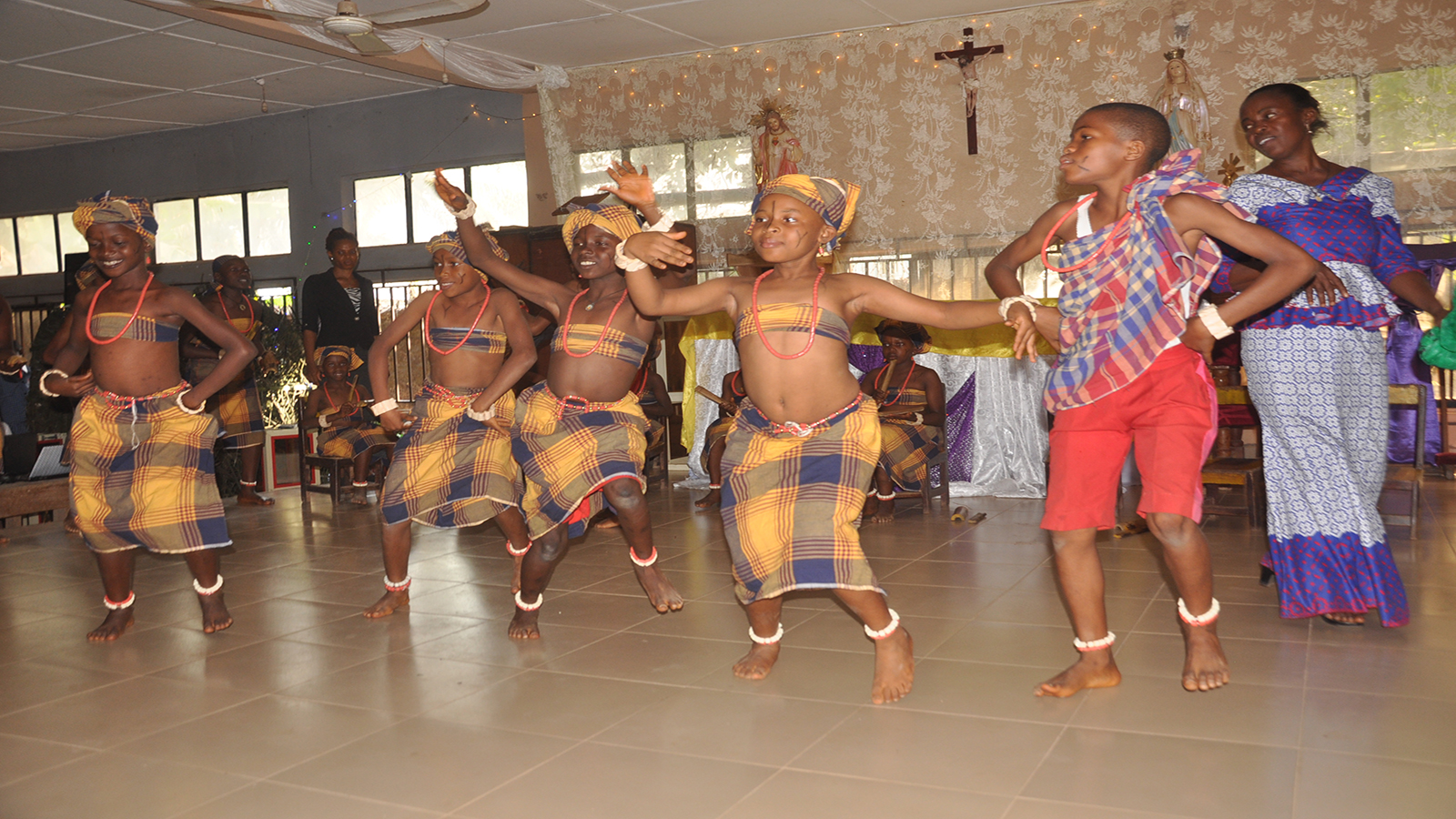 dancing-group